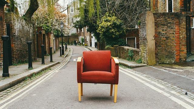 3 astuces pour déplacer un meuble